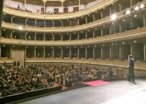 settimana del sociale_la lezione di astrofisica al teatro Coccia di Novara con Luca Perri copia