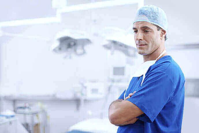 Medico in ospedale per servizi network erogati di WelFare Insieme